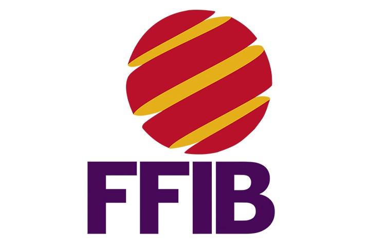 El presidente de la Federación Balear de Fútbol felicita el ascenso del Cadete a Primera Regional